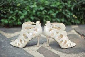 Bridal Shoes - Image by: Meredith Rogers Photography | http://jessicadum.com/portfolio/hannah-terrence/