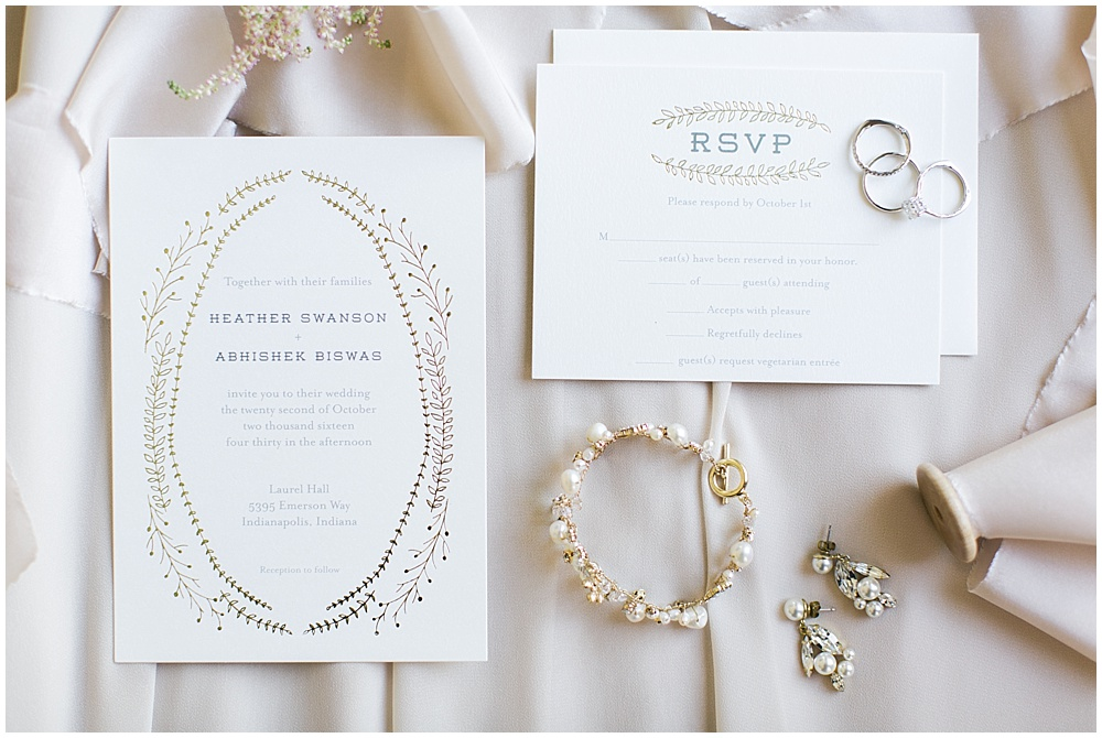 Ivory + gold wedding invitations | Navy and Gold Wedding at Laurel Hall with Ivan & Louise Photography + Jessica Dum Wedding Coordination