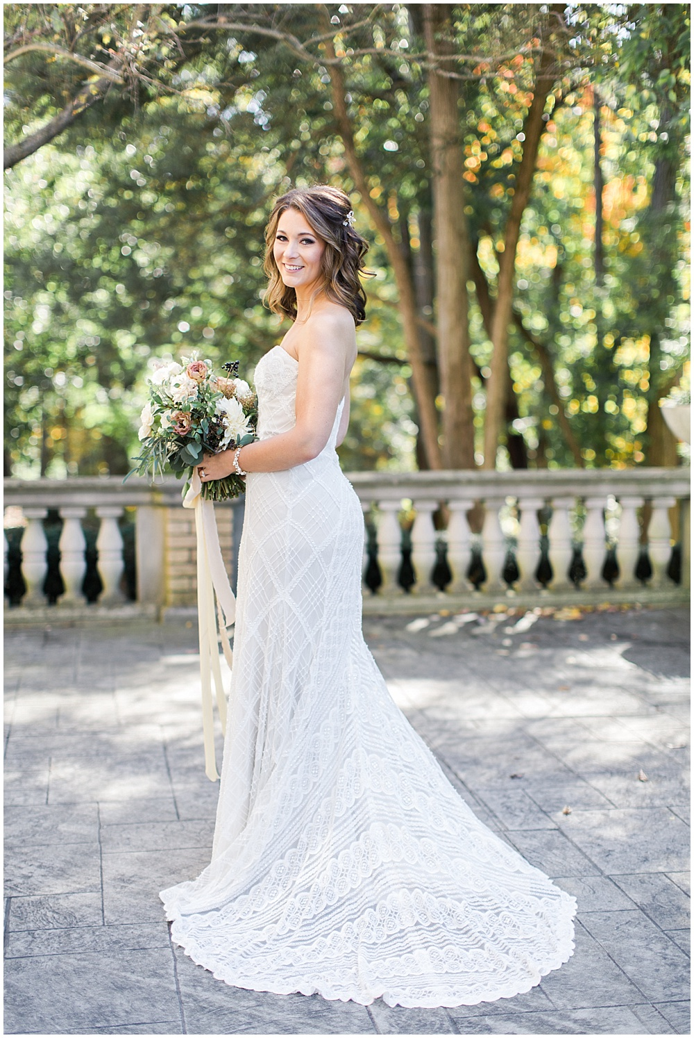 Lace wedding gown | Navy and Gold Wedding at Laurel Hall with Ivan & Louise Photography + Jessica Dum Wedding Coordination