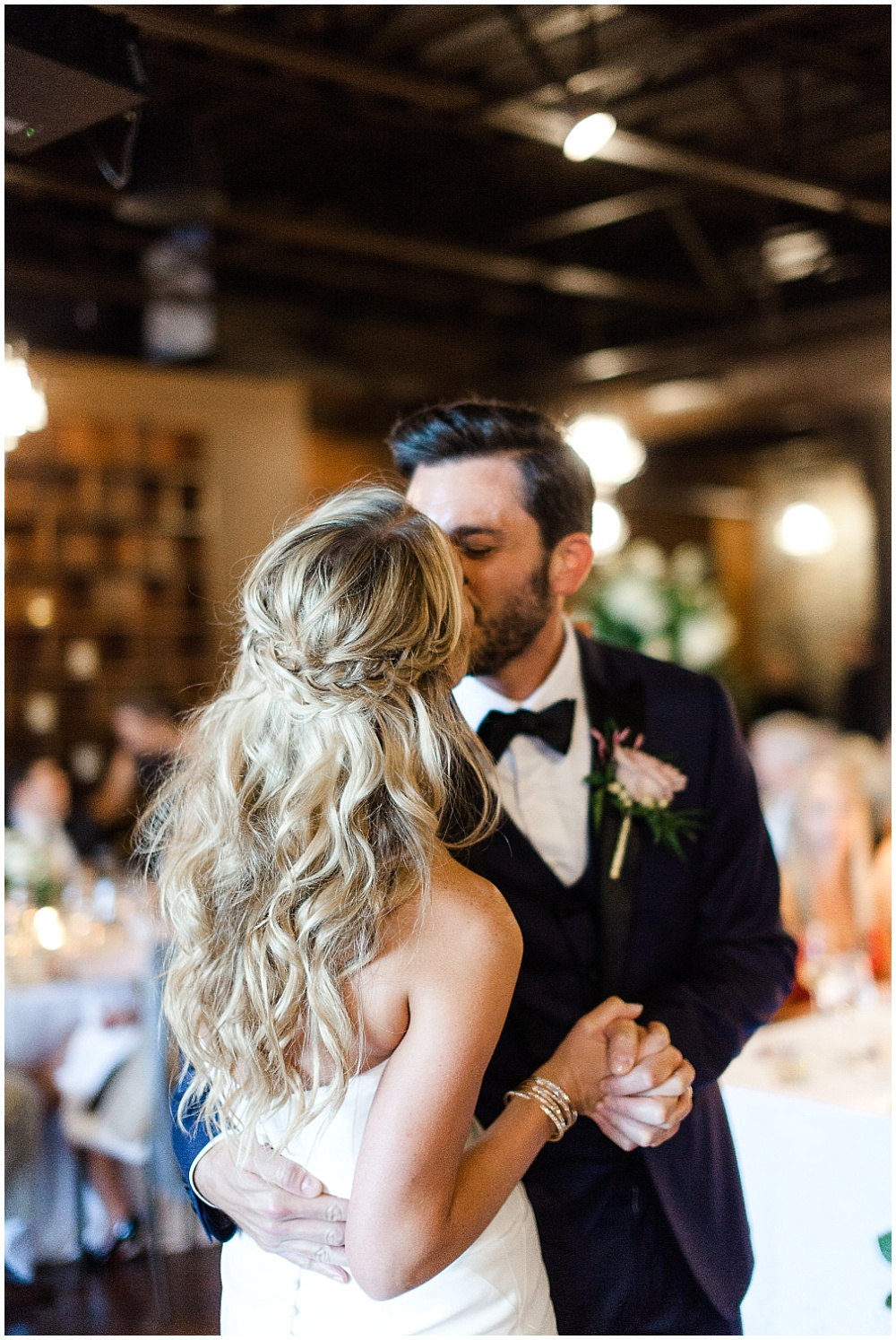 Canal 337 Downtown Wedding By Jenny Haas Photography