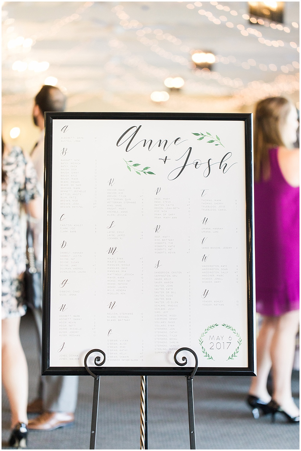 simple seating chart, Spring floral + gold wedding | Ivan & Louise Images | Jessica Dum Wedding Coordination