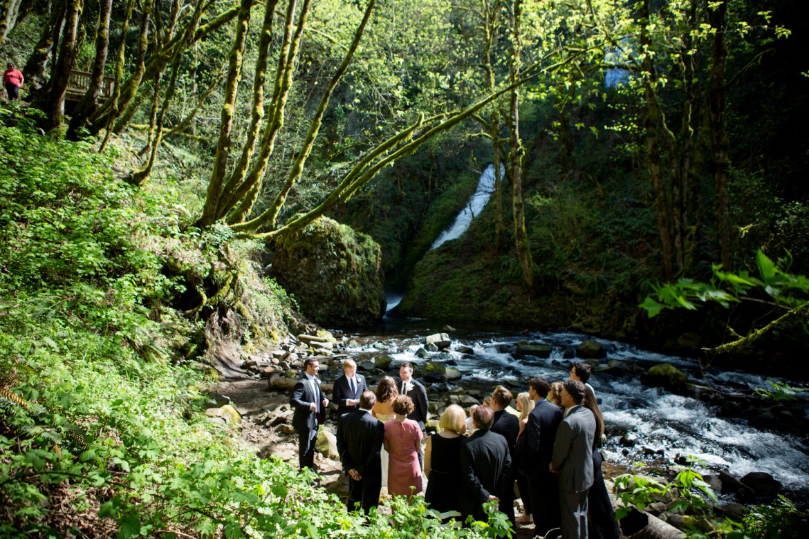 Waterfall-Weddings-Portland-10