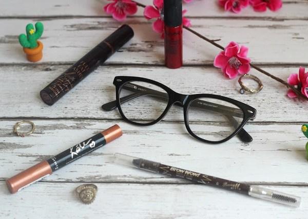 MakeUpForGlasses