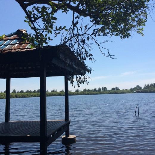 Gili Meno lake