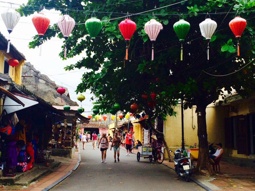 Hoi An Ancient Town street