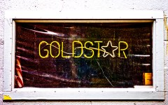 Flickr Thomas Hawk Chicago bar Gold Star