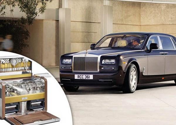 Rolls Royce cocktail hamper bar