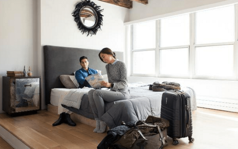 Airbnb American Express