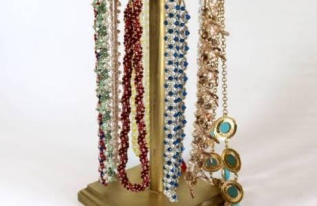 DIY Wood Jewelry Stand