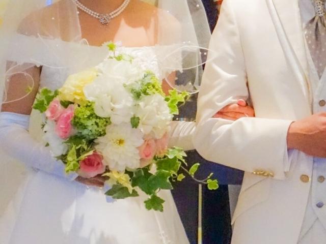 適齢期なのに婚期を逃す女性…結婚できない女に共通する特徴と改善策