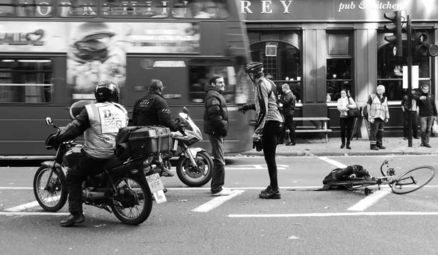 自転車乗り向け!交通事故の ...