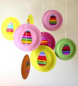 Easter suncatcher craft from mpmideas.com