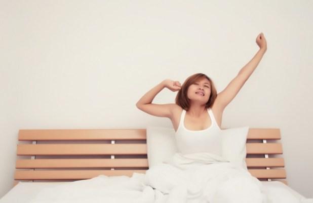 一項研究發現,人會無意識模仿他人不耐煩或懶惰的態度。(網上圖片)