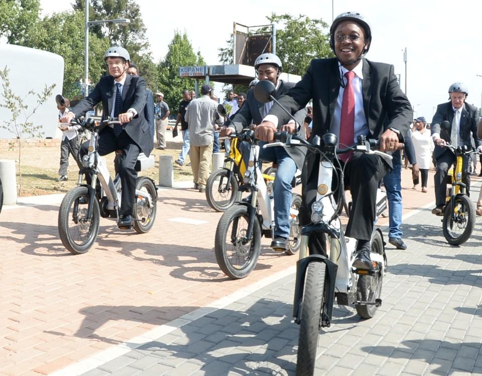 Mayor-Parks-Tau-riding-bicycle