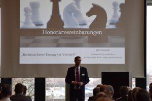 Rechtsanwalt Reichow referiert zum Einsatz von Honorarvereinbarungen im Vertrieb