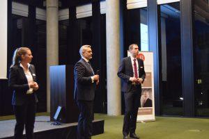 Das Anwalts-Team von Jöhnke & Reichow beantwortet die kritischen Fragen der Teilnehmer