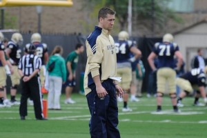 Sturgis' Josh Reardon oversees defensive drills at a Notre Dame practice in 2012.  (Photo by Joe Raymond)