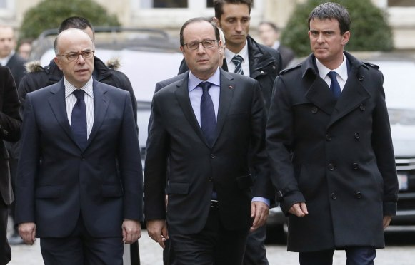 Cazeneuve Valls Hollande