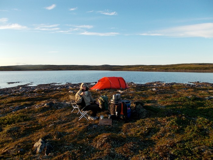 Camp on small island on the NWT-Nunavut border about 9km NNE Teall Point and 6km SW of Snow Island, we are in Nunavut, but just by a few metres!
