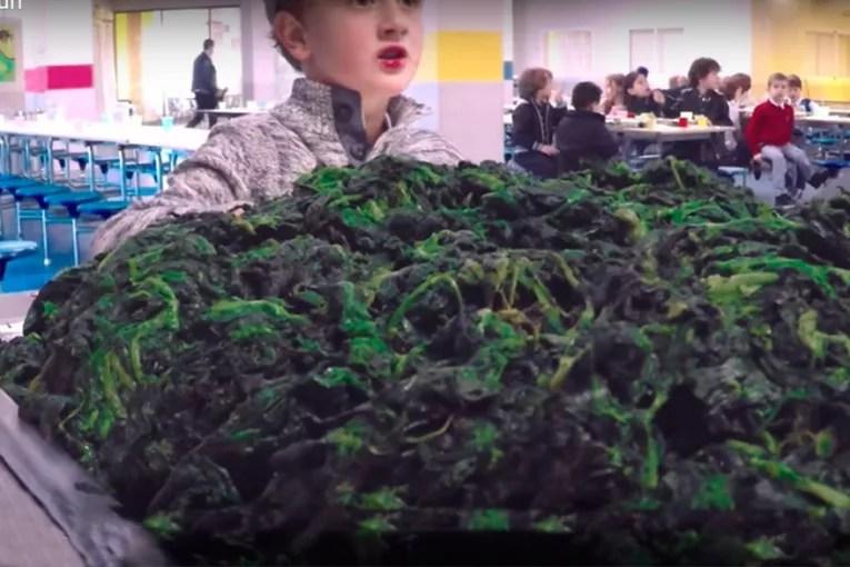 """Una marca de postres lanza un spot que """"fomenta que los niños desprecien la verdura"""""""