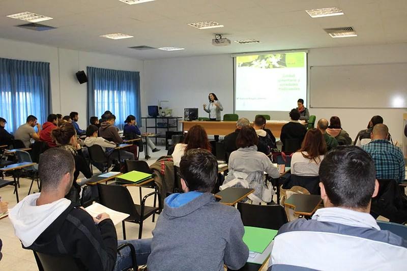 Agroecología-MDRaigon_SEAE_Formacion-profesionales-agricolas