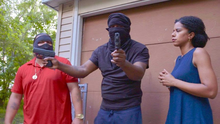 In one of her first assignments since returning to Chicago from a tour in Beijing, CBS News correspondent Adriana Diaz embedded with several Chicago gang members. (Second item)