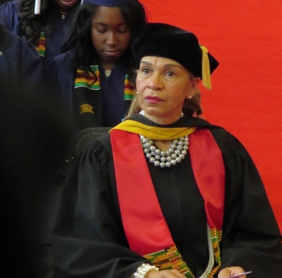 Howard U. Grads Back Dismissed Mentor | journal-isms.com