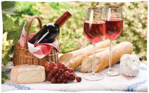 Сыр и вино - лучшие сувениры из Франции