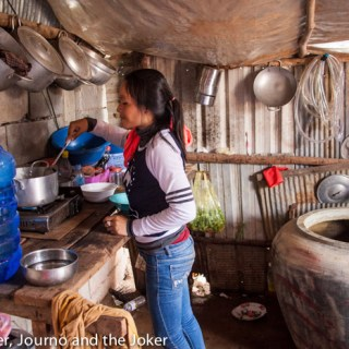 Cooking lessons in a Khmer home