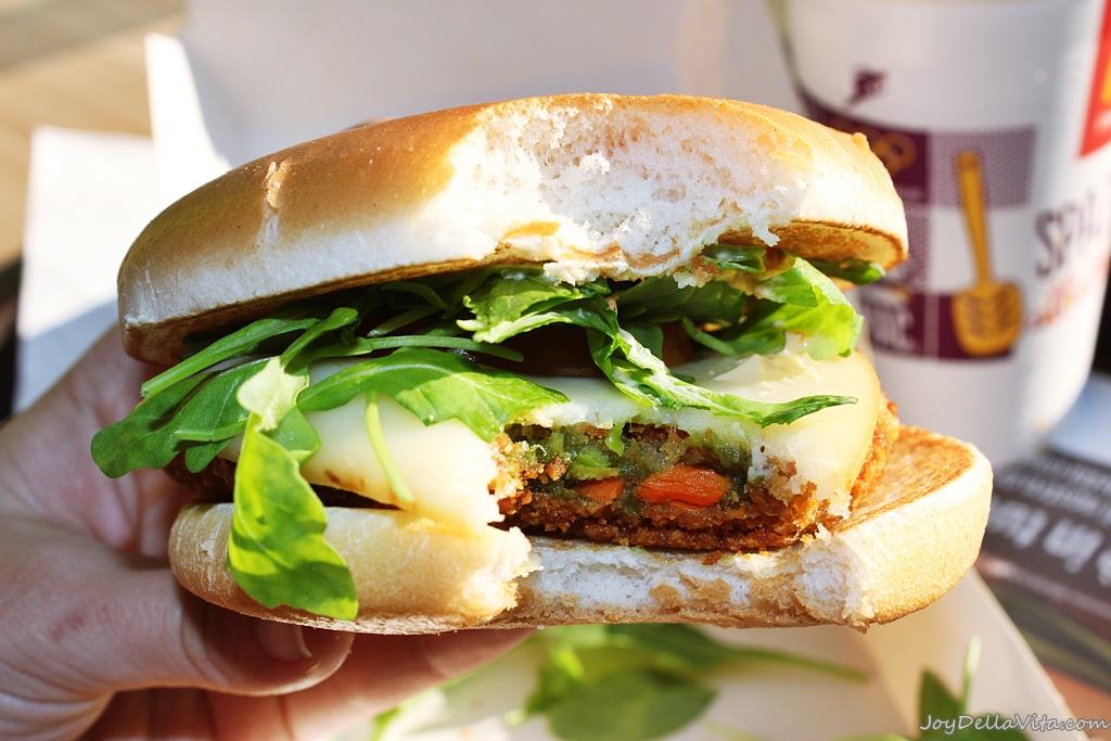 McVeggie by McDonalds Italia - the BEST Burger!