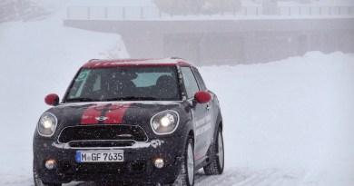 MINI Driving Experience Winter Action Soelden Tirol JOY DELLA VITA TRAVELBLOG
