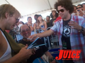 Muska signs autographs. Photo: Dan Levy