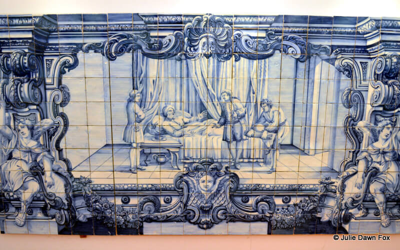 painted azulejo depicting a fable