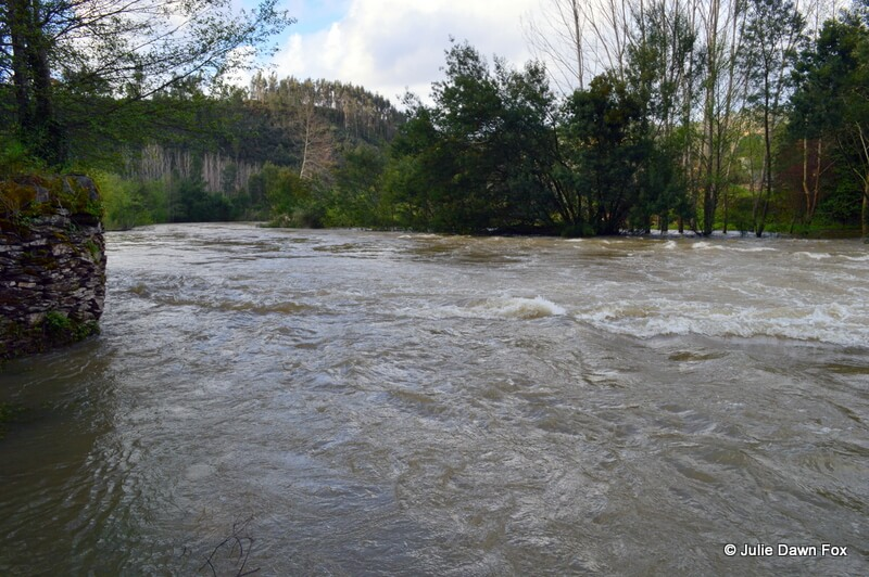 River Alva in flood, Moura Morta