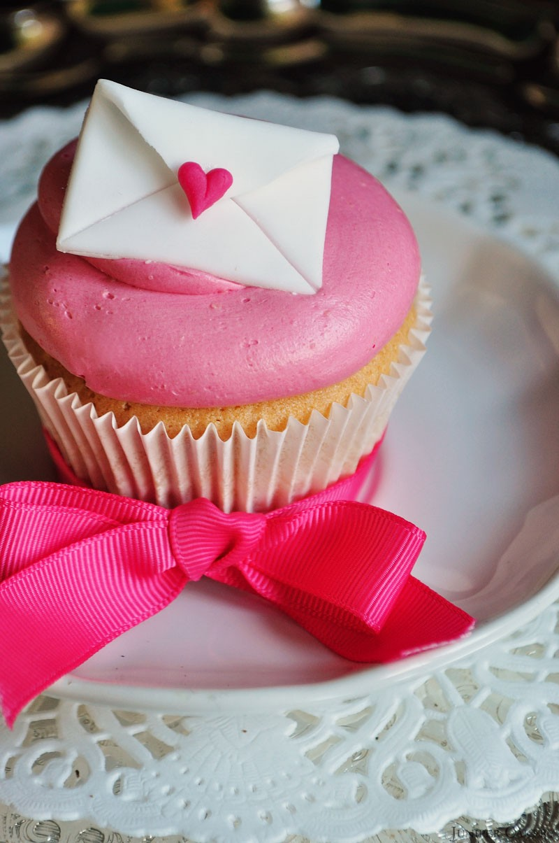 Love Letter Cupcake by Juniper Cakery