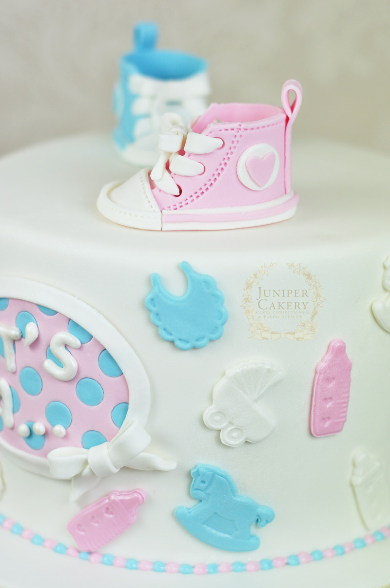 converse-baby-shower-cake-cu2w-t2 Baby Shower Decorations Uk