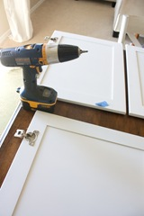 How-to-Paint-your-Kitchen-Cabinets-0255B12255D