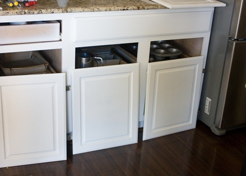 How to Paint your Kitchen Cabinets-08