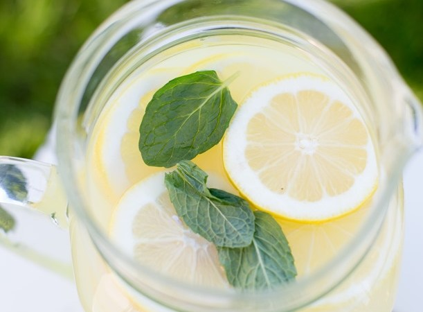 Weekend Thoughts: Mint and Lemonade