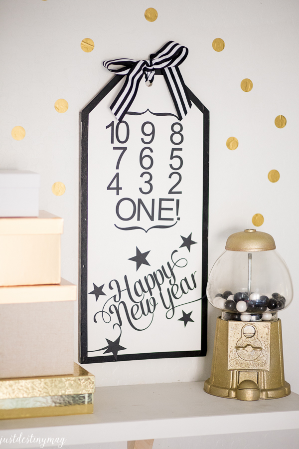 NEW YEARS EVE SIGN-14