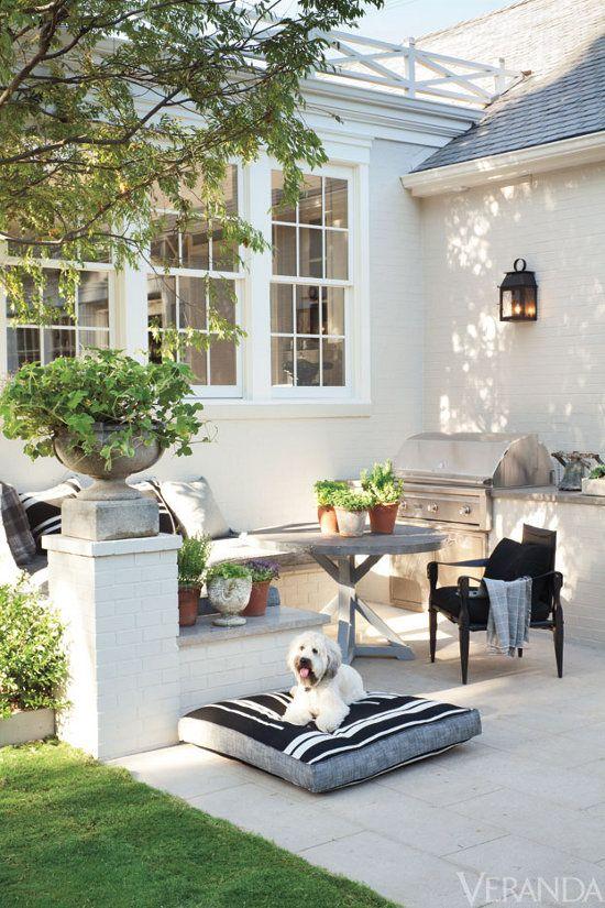 backyard-seating