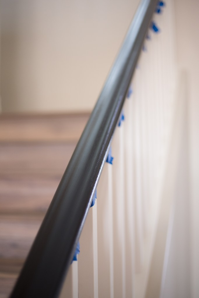 the-best-way-to-paint-your-stairs-black_