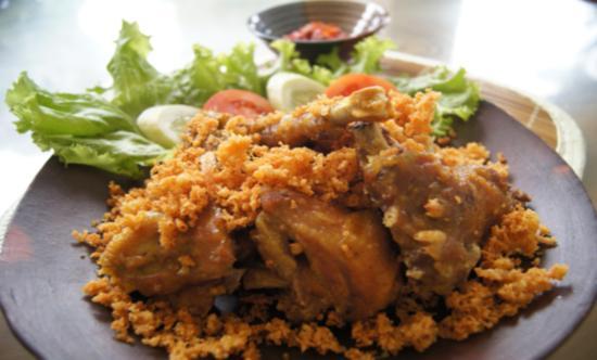 Gambar Menu Ayam Goreng Kremes Renyah dan Lezat