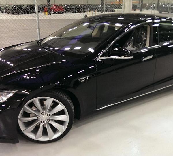 Model S lai 4