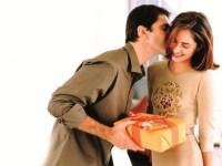 Как правильно делать сюрпризы девушкам?