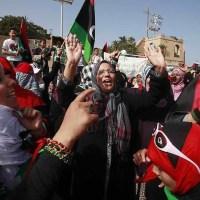 Народ празднует смерть Каддафи