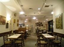 Egy késői vacsora a torontói Coffee Mill-ben