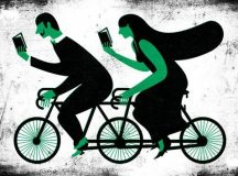 Reading Together / Andre da Loba