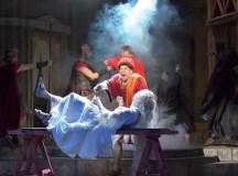 Színházi fotók 22. — Félúton a fórum felé, a Thália Színház új bemutatója