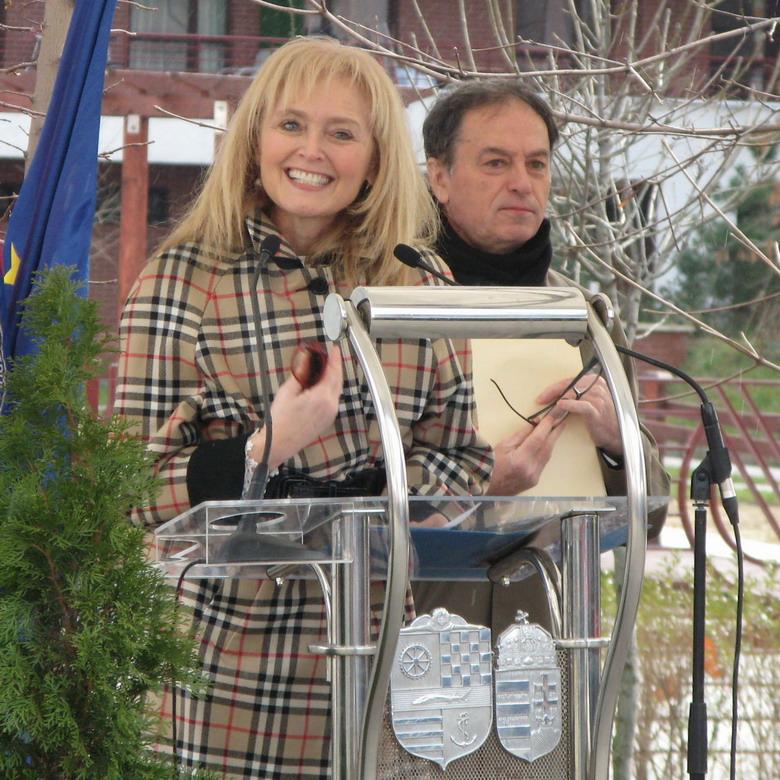 Katrina Swett Lantos és Simonyi András.